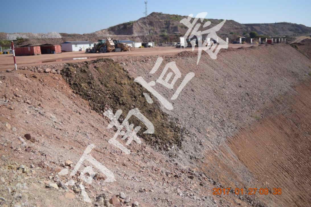 高陡强风化岩质工程边坡示例2